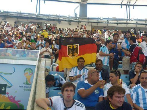 Argentinische Fans und Martin